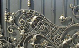 Декорирование металлопрофильных заборов